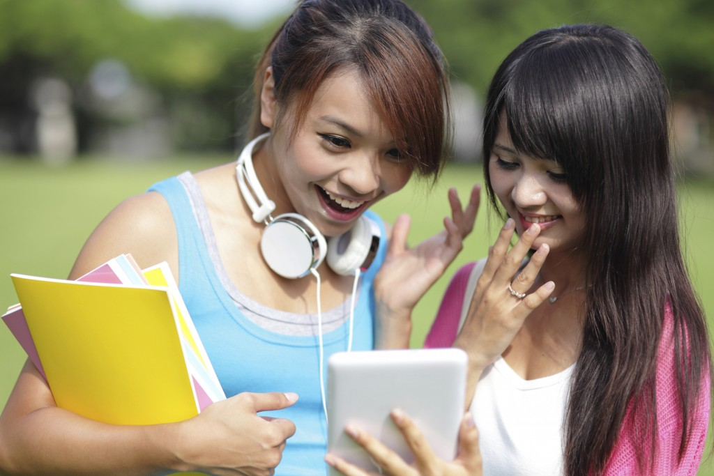Study Shows College Students More Likely to Post About ...